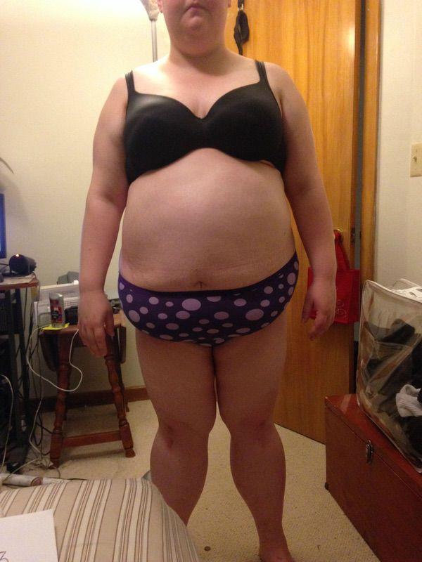 4 Pics of a 293 lbs 5 foot 5 Female Weight Snapshot
