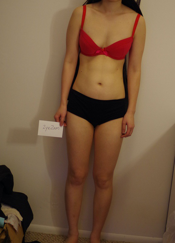3 Pictures of a 102 lbs 5 feet 2 Female Weight Snapshot