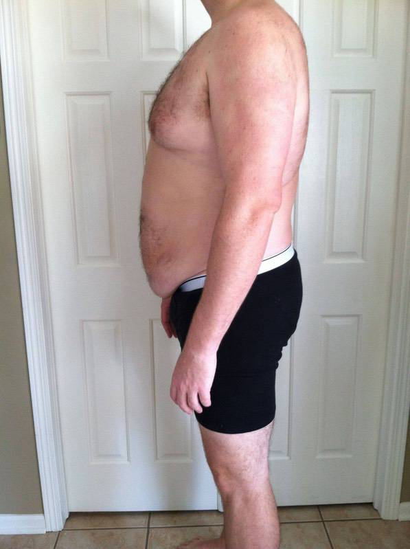 4 Pictures of a 325 lbs 6 feet 8 Male Fitness Inspo