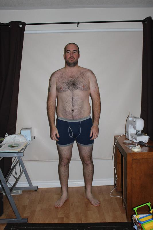 4 Pictures of a 270 lbs 6 foot 5 Male Weight Snapshot