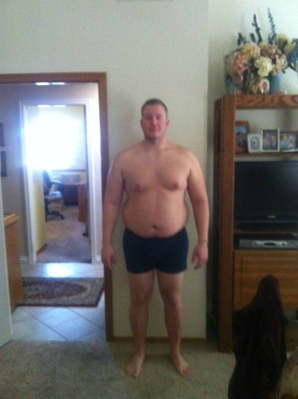 4 Pics of a 6'3 296 lbs Male Weight Snapshot
