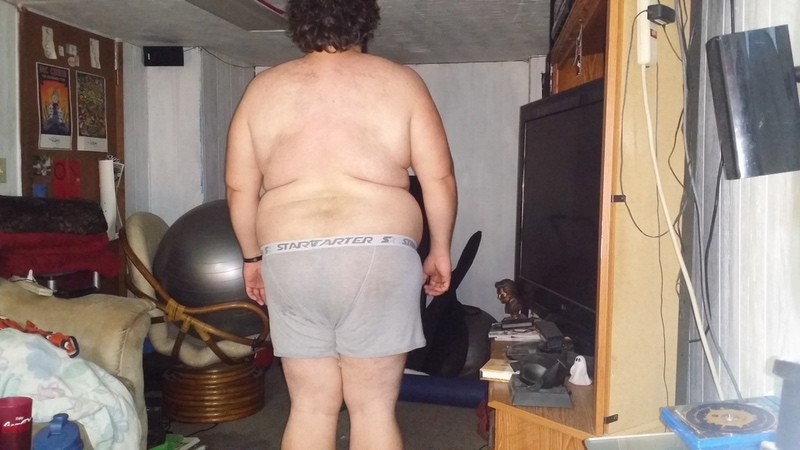 4 Pics of a 6 foot 1 360 lbs Male Fitness Inspo