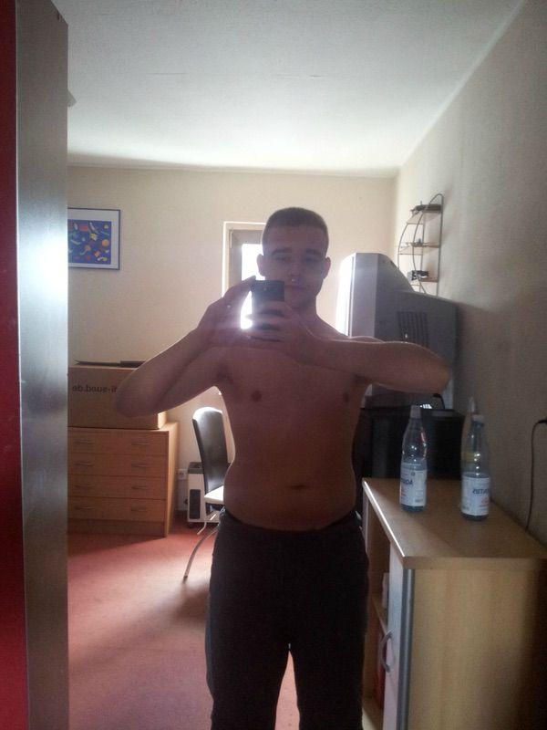 5 feet 7 Male Progress Pics of 19 lbs Weight Loss 158 lbs to 139 lbs