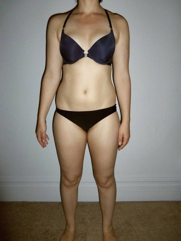 8 Photos of a 5 foot 5 133 lbs Female Weight Snapshot