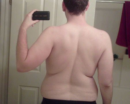 4 Photos of a 6'4 257 lbs Male Fitness Inspo