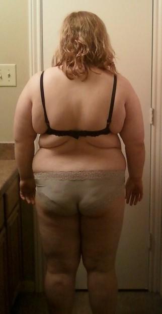 4 Photos of a 235 lbs 5 feet 5 Female Weight Snapshot