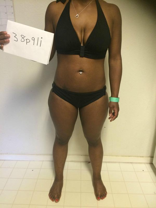 3 Pictures of a 4'9 127 lbs Female Weight Snapshot