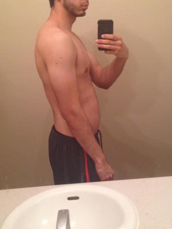 2 Pics of a 146 lbs 5'9 Male Weight Snapshot