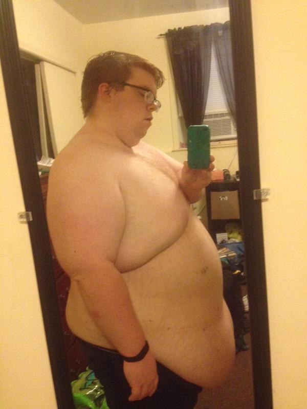 Progress Pics of 3 lbs Weight Loss 5 feet 5 Male 369 lbs to 366 lbs