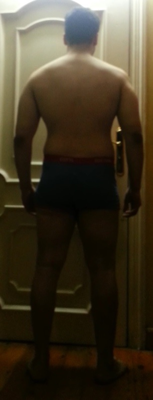 4 Pictures of a 5'10 215 lbs Male Weight Snapshot