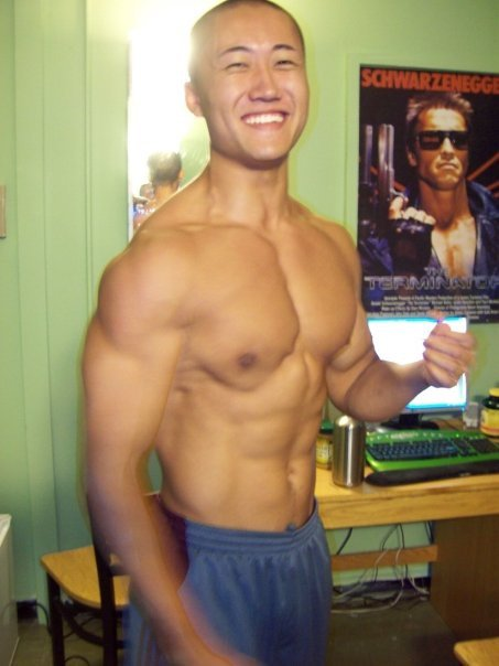 11 Photos of a 197 lbs 6 foot 1 Male Fitness Inspo