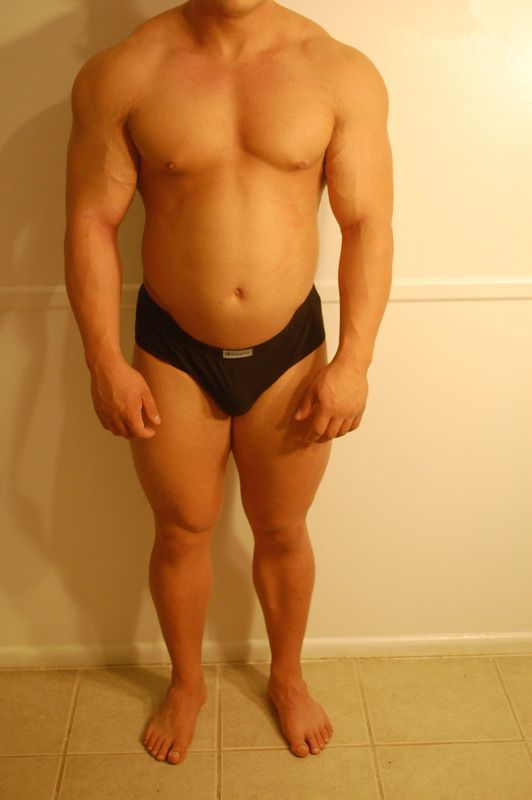 4 Pictures of a 186 lbs 5 feet 3 Male Weight Snapshot