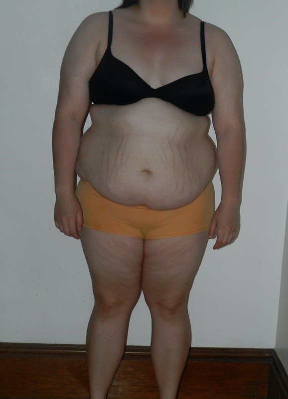4 Pictures of a 5 feet 7 239 lbs Female Weight Snapshot