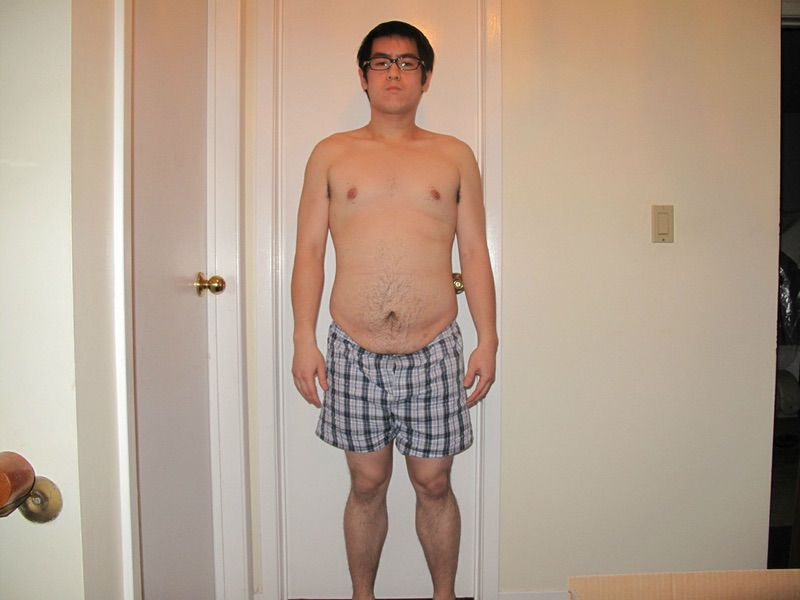 4 Photos of a 5 foot 9 185 lbs Male Weight Snapshot