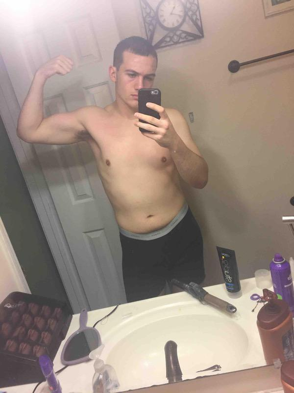 1 Pictures of a 5'11 196 lbs Male Weight Snapshot