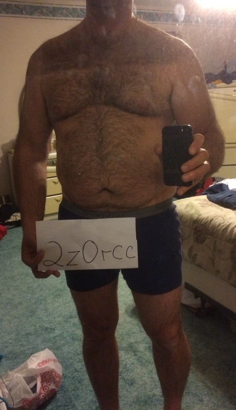 3 Pictures of a 6 foot 2 228 lbs Male Fitness Inspo