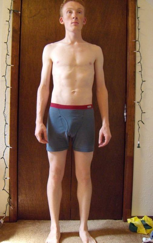4 Pictures of a 135 lbs 5'9 Male Fitness Inspo
