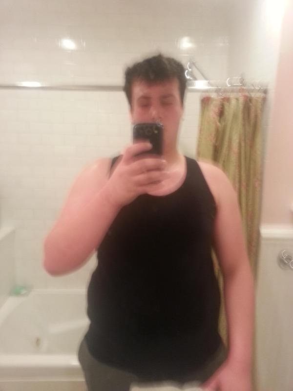 Progress Pics of 98 lbs Fat Loss 6 foot 3 Male 293 lbs to 195 lbs