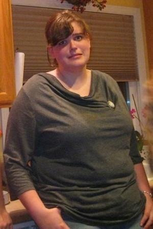 Progress Pics of 130 lbs Weight Loss 6 feet 1 Female 305 lbs to 175 lbs