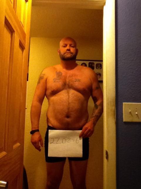 3 Pictures of a 260 lbs 6'2 Male Weight Snapshot