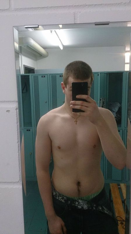 2 Pictures of a 185 lbs 6 feet 11 Male Weight Snapshot