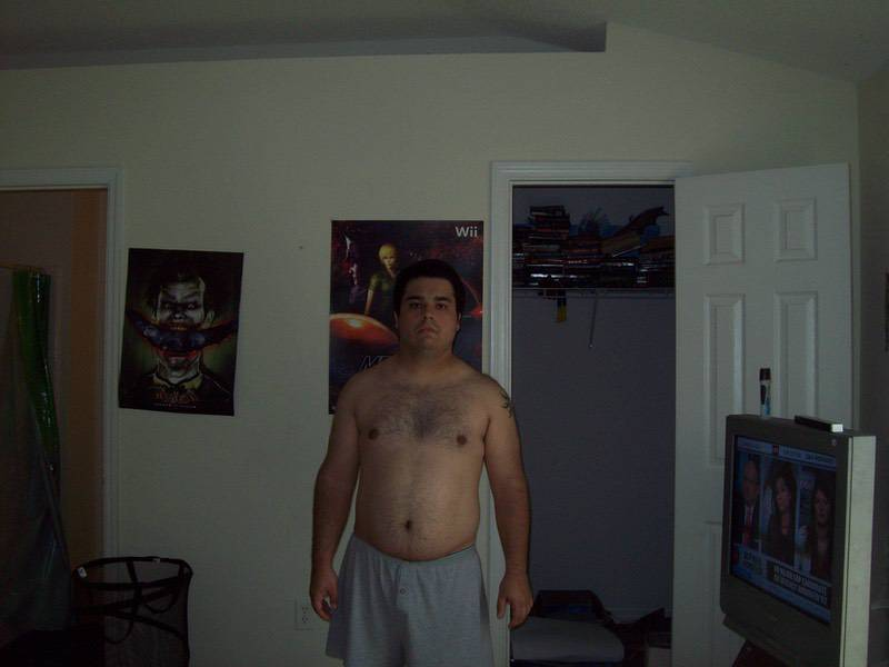 Before and After 30 lbs Weight Loss 5'6 Male 225 lbs to 195 lbs