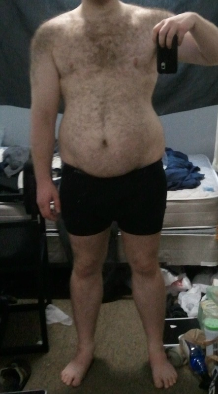 4 Photos of a 220 lbs 5 foot 7 Male Fitness Inspo