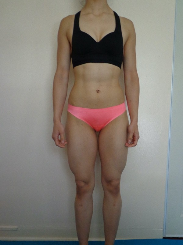 4 Pictures of a 127 lbs 5 foot 6 Female Weight Snapshot