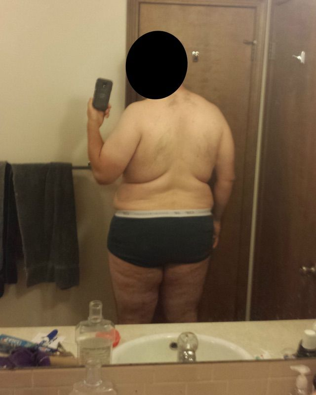 4 Photos of a 6'3 323 lbs Male Weight Snapshot