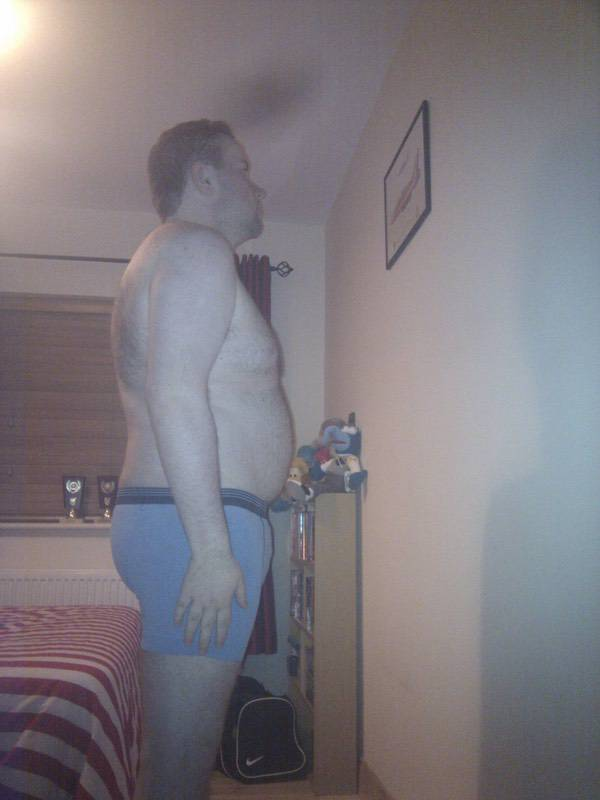 4 Pics of a 5'9 221 lbs Male Fitness Inspo