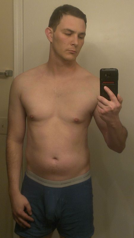 6 Photos of a 6'1 195 lbs Male Weight Snapshot