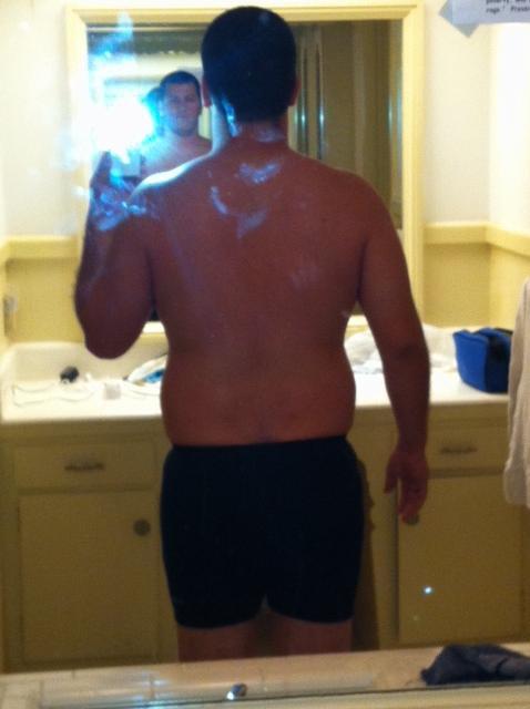 4 Photos of a 220 lbs 5 feet 10 Male Weight Snapshot