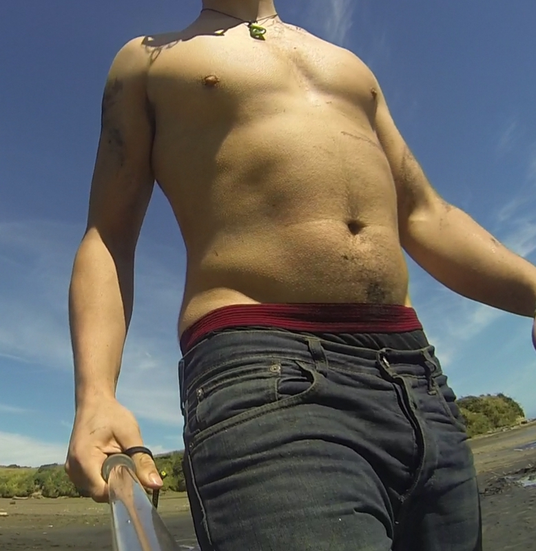 6 Pictures of a 6'4 210 lbs Male Fitness Inspo