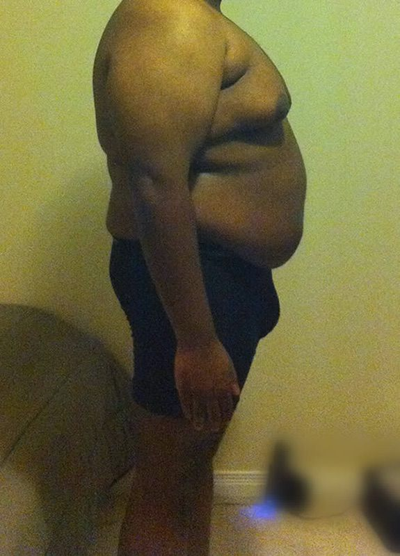 4 Pics of a 5 foot 9 269 lbs Male Weight Snapshot