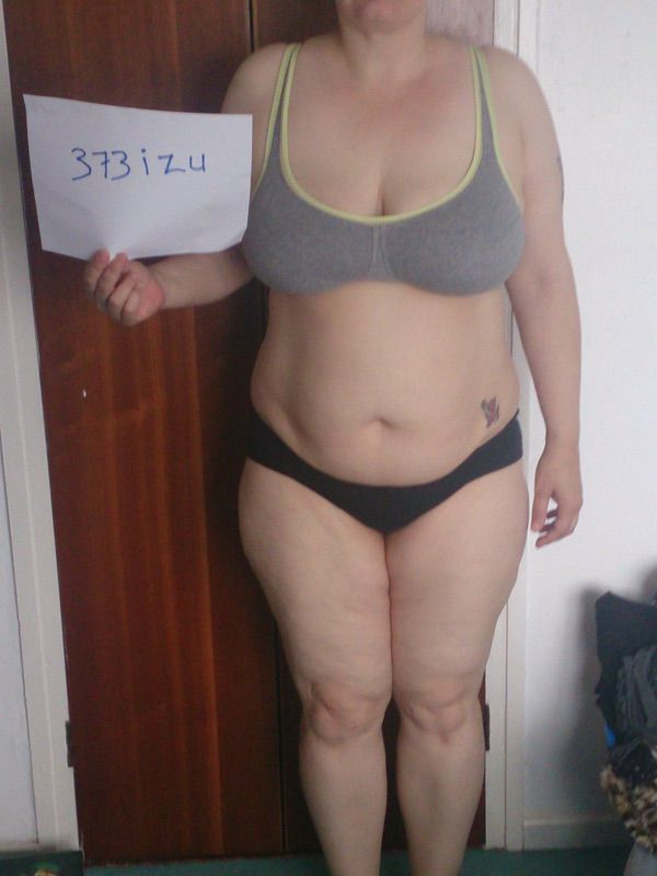 3 Pictures of a 206 lbs 5 foot 7 Female Weight Snapshot