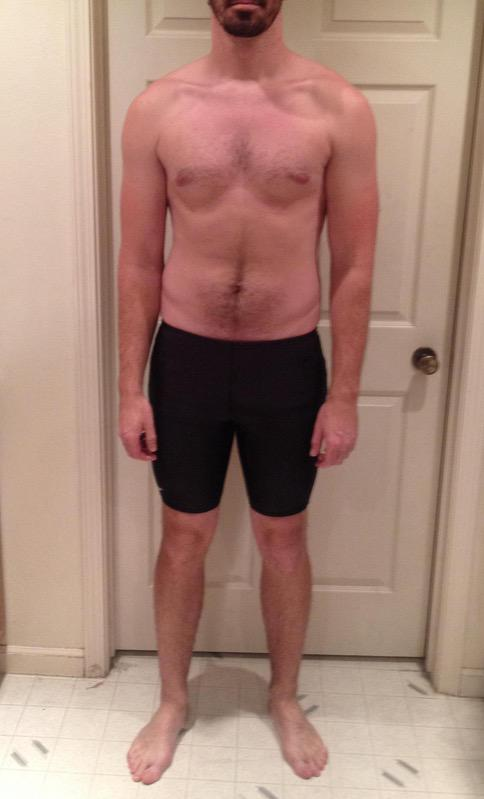 4 Pictures of a 6 foot 6 235 lbs Male Fitness Inspo