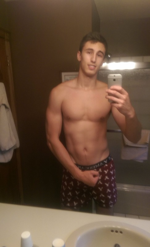6 foot 5 Male Before and After 35 lbs Muscle Gain 155 lbs to 190 lbs
