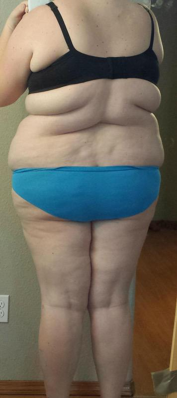 4 Pictures of a 5 feet 11 320 lbs Female Fitness Inspo