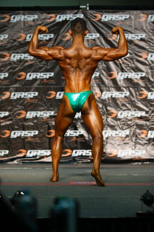 5'8 Male Progress Pics of 75 lbs Weight Gain 100 lbs to 175 lbs