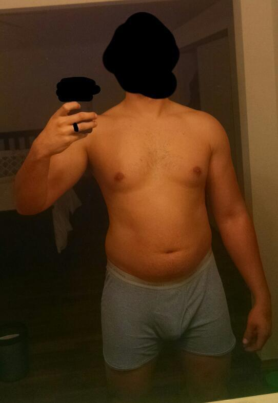 10 Pictures of a 220 lbs 6'2 Male Fitness Inspo
