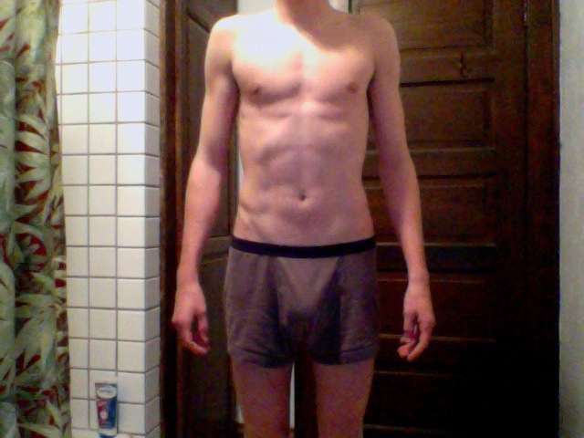3 Pics of a 136 lbs 6'1 Male Weight Snapshot