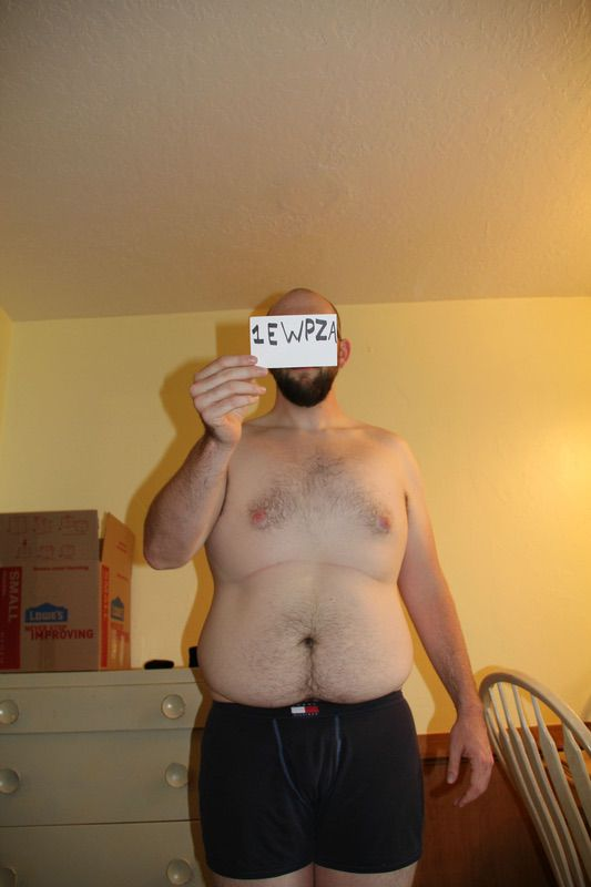 4 Pictures of a 277 lbs 6 foot 2 Male Weight Snapshot