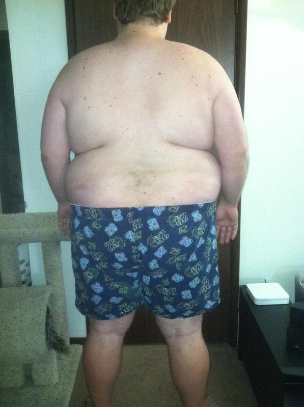 4 Pictures of a 5 foot 10 385 lbs Male Weight Snapshot